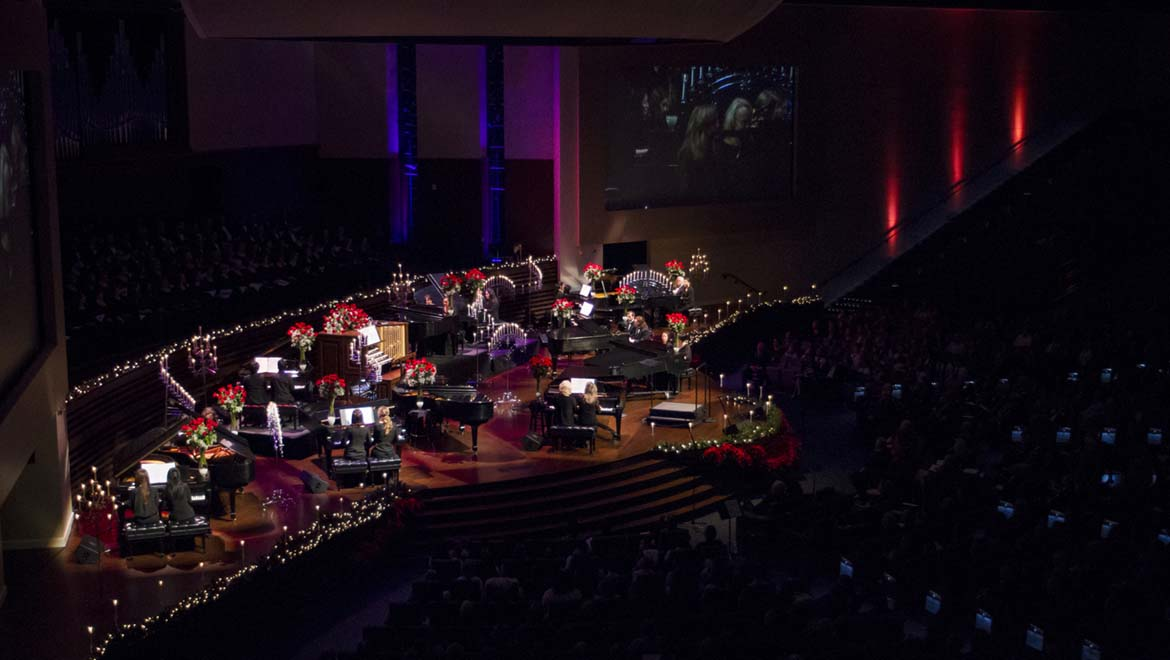 DPA Microphones stars in encore performance during 'Keyboards and Carols at Christmas' event