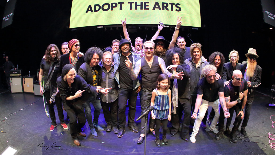 DPA-Microphones_Adopt-the-Arts-Group-Photo_Photo-Credit-Harry-Reese-1-L.jpg